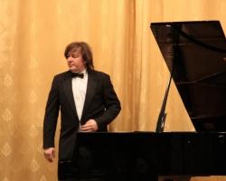 Концерт Олега Полянского (фортепиано). Большая гостиная. 05/04/2015г. Фото: Ян Ясвин