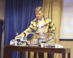 Публичная лекция для школьников «Путь в науку». Лектор — Павел Провоторов 08.01.20