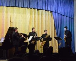 Пятница с стиле «Cherry» с Московским квартетом саксофонистов Cherry Saxophone Quartet 13.03.20