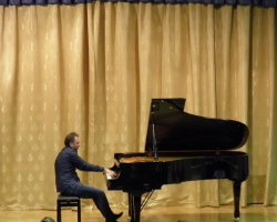 Концерт Вазгена Вартаняна (фортепиано). 20/11/2016г.